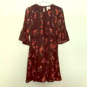 H&M BLACK FLORAL BELL SLEEVE DRESS SIZE 8